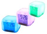 Часы квадратик с термометром меняющие цвет
